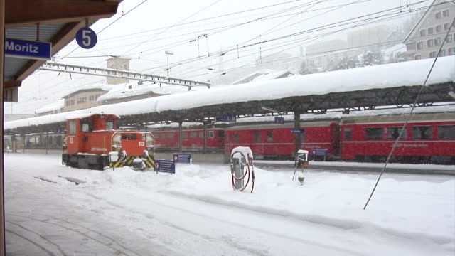 Winter at the Rhaetain Railway (Rhätische Bahn)