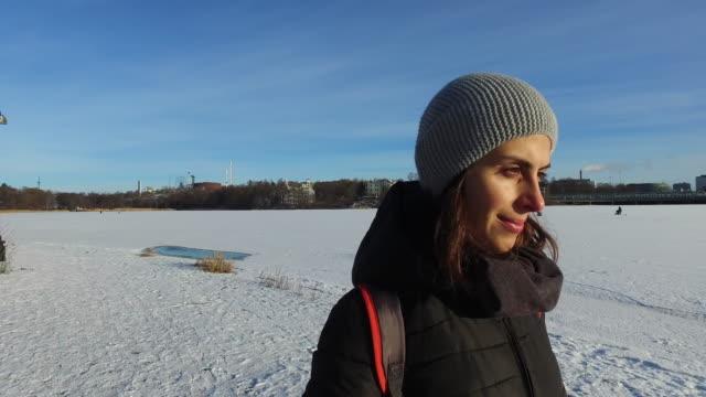 vidéos et rushes de winter breaks - ensoleillé