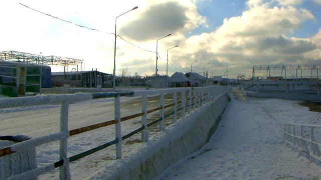 stockvideo's en b-roll-footage met winter evening - omsloten ruimte