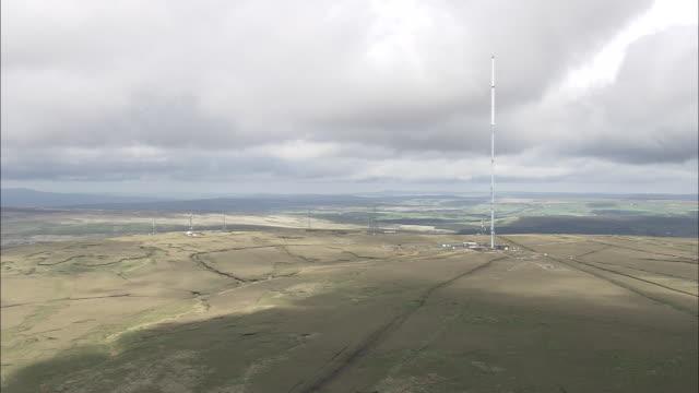 winter hill transmitter tower - hill点の映像素材/bロール