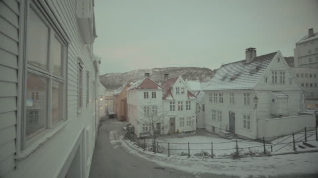 winter in bergen, norway: day with heavy snow - idyllic stock videos & royalty-free footage