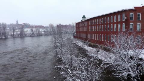stockvideo's en b-roll-footage met winter in manchester (new hampshire) - verwerkingsfabriek
