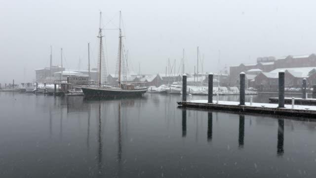 vidéos et rushes de l'hiver à newport, rhode island - rhode island