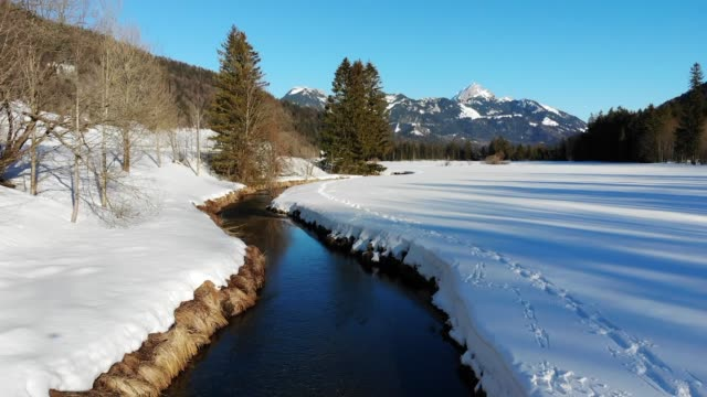 stockvideo's en b-roll-footage met winter in de beierse alpen - bavarian alps
