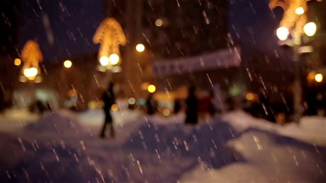 inverno in città - cappotto invernale video stock e b–roll
