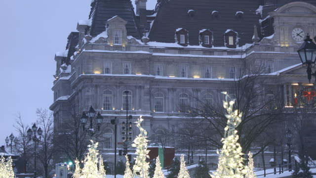 winter scene afternoon or evening de - ケベック州点の映像素材/bロール