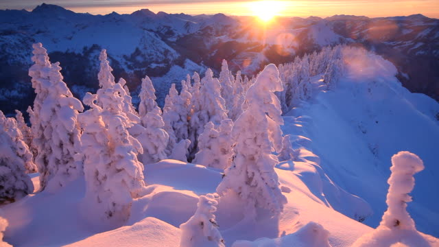 stockvideo's en b-roll-footage met winter sunset at mt. breitenberg, bavaria, alps, germany - schemering