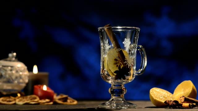 stockvideo's en b-roll-footage met winter time, hot white wine punch, gluehwein - kleine groep dingen