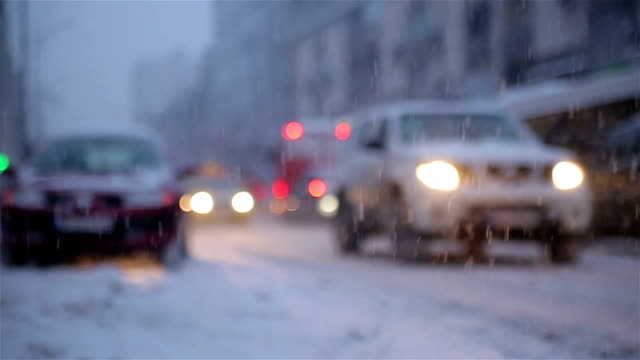 stockvideo's en b-roll-footage met winter verkeer - sneeuwstorm
