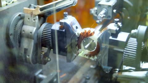 vídeos y material grabado en eventos de stock de bobinadora de alambre - motor eléctrico