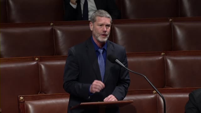 vidéos et rushes de wisconsin congressman ron kind says in debate on the usmca trade deal implementing legislation that most importantly the deal had the strongest... - hémisphère nord