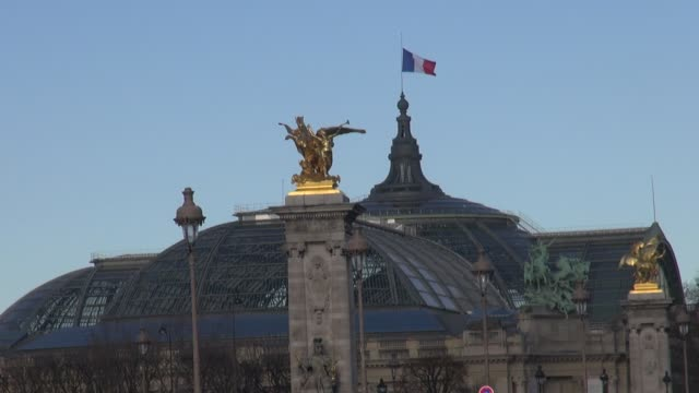 with golden statues of the fames in the foreground - golden roof stock videos and b-roll footage
