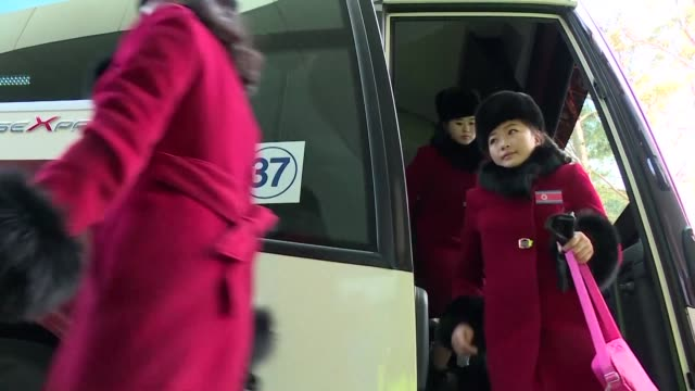 stockvideo's en b-roll-footage met with the politically charged winter olympics set to kick off within days the north korean olympic charm offensive is underway spearheaded by its army... - south korean army