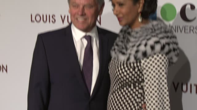 wolfgang puck and gelila assefa at moca's 35th anniversary gala presented by louis vuitton at the geffen contemporary at moca on march 29, 2014 in... - ウォルフギャング パック点の映像素材/bロール