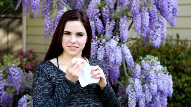 Vrouw allergisch voor bloemen