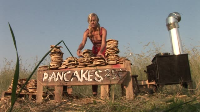 ws woman arranging stacks of pancakes at her roadside stand/ watermill, new york - stacking stock videos & royalty-free footage