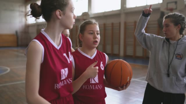 woman basketball coach on training with her players - role model stock videos & royalty-free footage