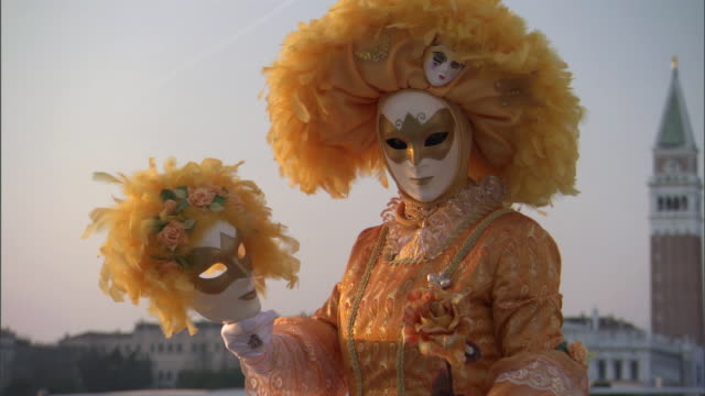 ms zi woman dressed in lavishly decorated costume and painted mask for venice carnevale / venice, veneto, italy - mask disguise stock videos & royalty-free footage