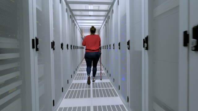 woman in data center - persons with disabilities stock videos & royalty-free footage