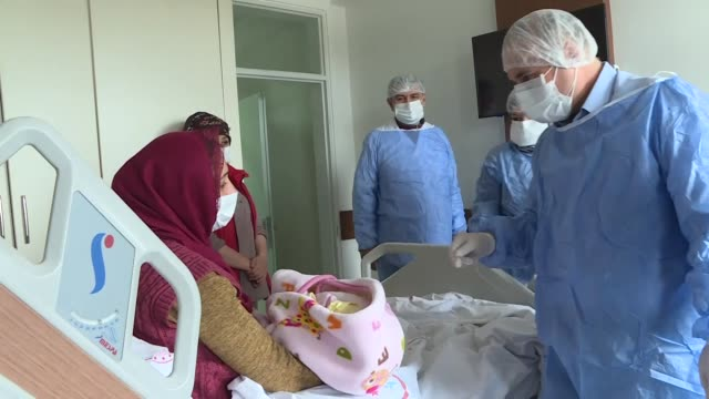 woman in southern turkey has given birth to a healthy baby girl after beating covid-19. diagnosed when she was 8-and-a-half months pregnant, cigdem... - beginnings stock videos & royalty-free footage