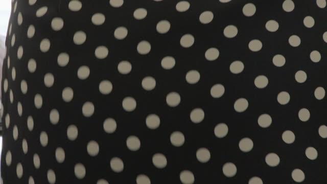 woman ironing - アイロン台点の映像素材/bロール