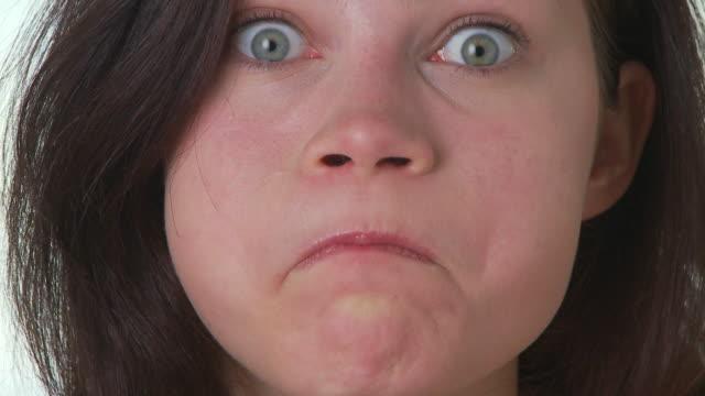 woman making faces - 変な顔点の映像素材/bロール