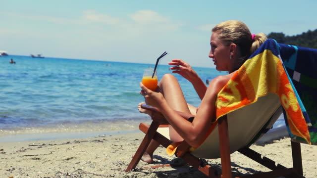 HD: Woman on the beach