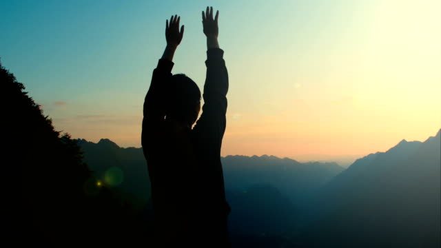 woman open arms to mountain - arms outstretched stock videos & royalty-free footage