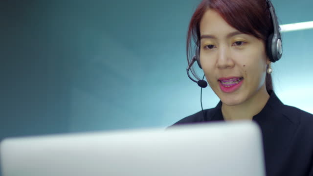 woman operator at service centre - switchboard operator stock videos & royalty-free footage