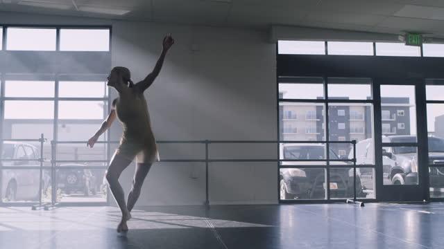 woman practicing contemporary dancing in dance studio / lehi, utah, united states - lehi stock videos & royalty-free footage