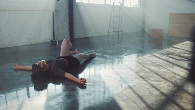 woman preparing for ballet performance - ballet studio stock videos & royalty-free footage
