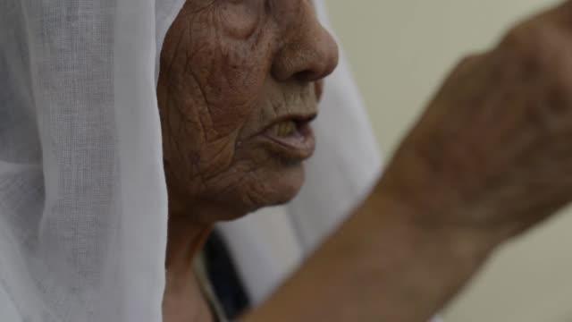 Woman remembering the Nakba days