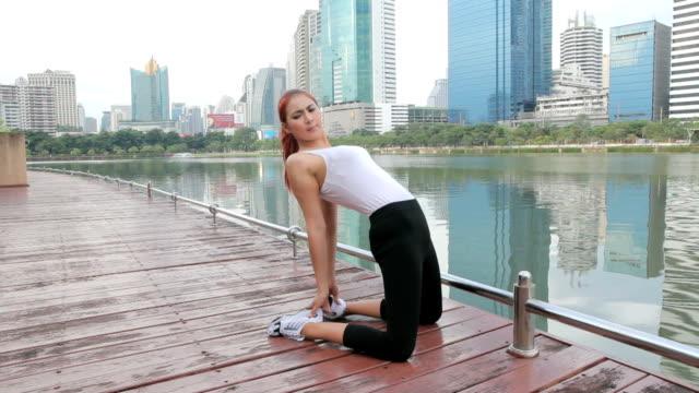 Frau Dehnung der hinteren Oberschenkelmuskulatur Bein Muskeln