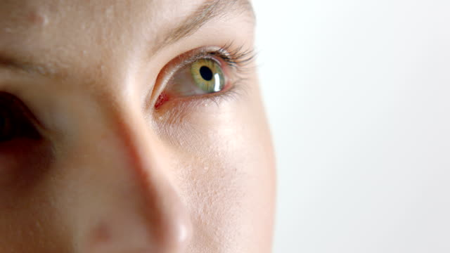 woman turning head - green eyes stock videos and b-roll footage