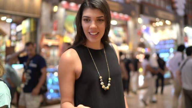 woman visiting grand bazaar and shopping spicies, istanbul, turkey - grand bazaar istanbul stock videos & royalty-free footage
