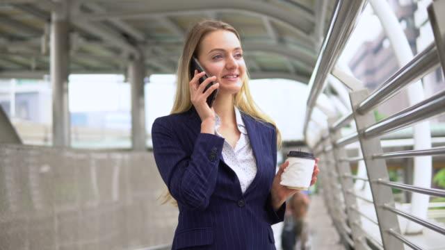 女性ホワイトカラー職業 - white collar worker点の映像素材/bロール
