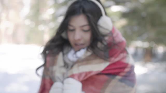 vídeos de stock, filmes e b-roll de woman with blanket/ debica/ poland - protetor de ouvido
