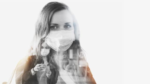 donna con maschera facciale protettiva concetto di doppia esposizione - video collage video stock e b–roll