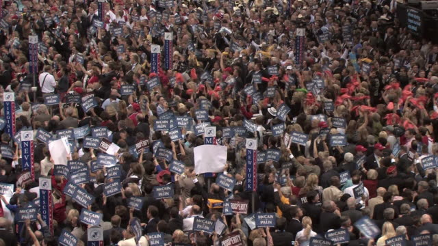 women audience members cheering as vice-presidential candidate governor sarah palin speaks at republican national convention on september 3, 2008 /... - republican party stock videos & royalty-free footage
