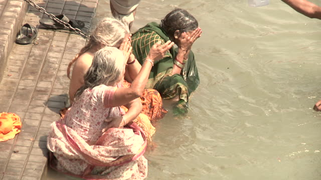Women bathing on the Ganges river