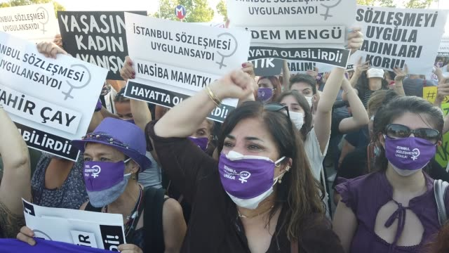 women chant slogans and wave signs during a demonstration for the prevention of violence against women on august 05, 2020 in istanbul, turkey.... - equality stock videos & royalty-free footage