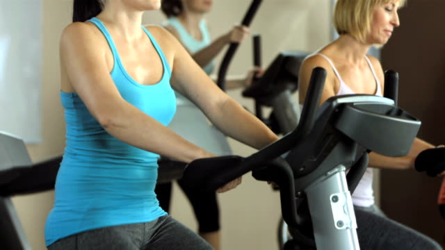 Mulher exercitar no ginásio