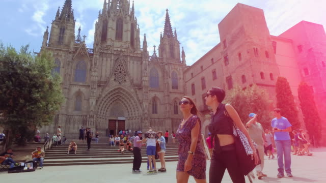 women friends in barcelona at summer - tourist stock videos & royalty-free footage