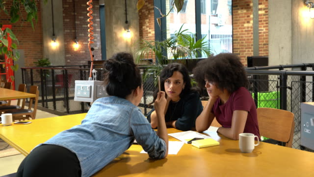 women in meeting in office - coworker stock videos & royalty-free footage