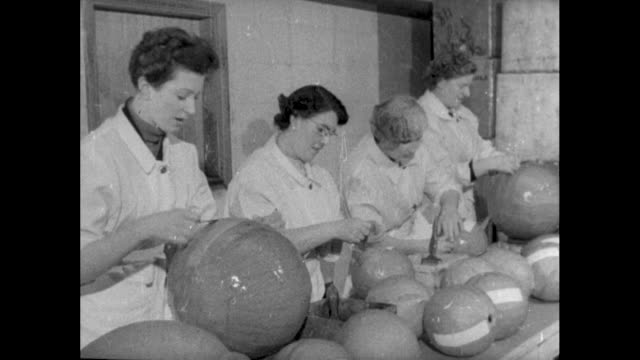 women making firework cases; 1955 - papier stock videos & royalty-free footage