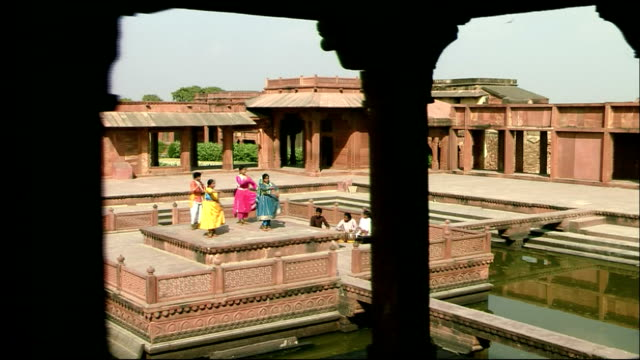 Women perform dance with musicians at Agra Fort, Agra