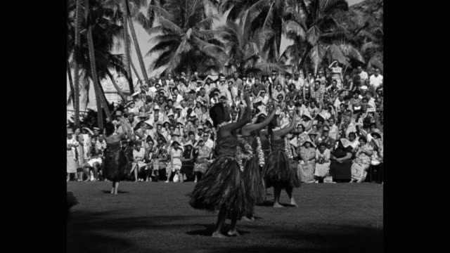 women performing traditional hula dance in front of audience, hawaii islands, hawaii, usa - hawaiianische kultur stock-videos und b-roll-filmmaterial