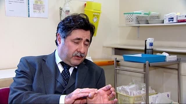 vídeos de stock e filmes b-roll de london doctor richard smith interview sot - female reproductive system