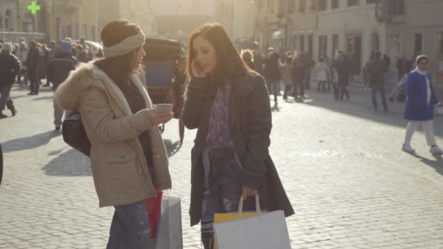 women shopping during sales in rome, italy - shopping bag stock videos & royalty-free footage
