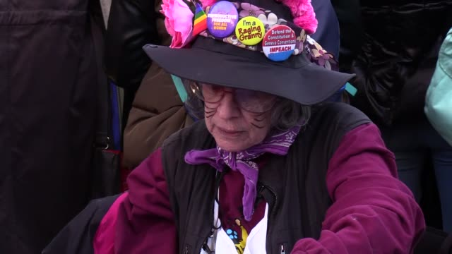 women take part in a rally marking the international women's day on march 8, 2017 in new york city, usa. - internationaler frauentag stock-videos und b-roll-filmmaterial